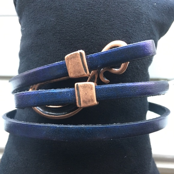 Jewelry - NWOT Navy/Copper Leather Wrap Bracelet